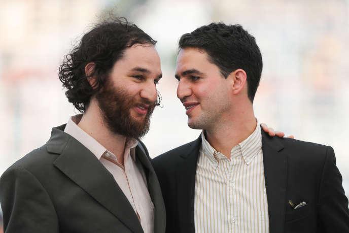 Les cinéastes Josh (à gauche) et Benny Safdie lors du 70e Festival de Cannes, le 25 mai 2017.