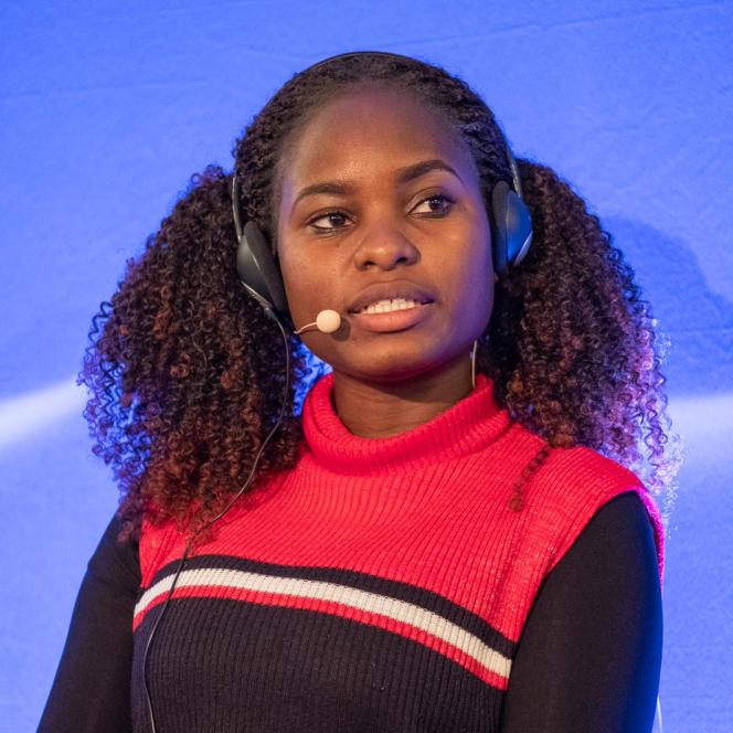 La jeune militante écologiste ougandaise Hilda Flavia Nakabuye au ministère des affaires étrangères à Paris, lors de la cinquième saison de la Nuit des idées, le 30 janvier 2020.