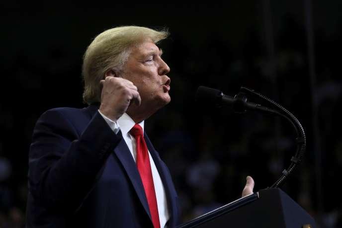 «Les républicains partagent désormais sans réserves le protectionnisme défendu par Donald Trump, son indifférence par rapport au déficit du budget fédéral et son souci d'une immigration limitée à son minimum» (Donald Trump, Des Moines, Iowa, le 30 janvier).