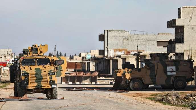 Selon les médias turcs, Ankara a déployé des renforts dans ses postes d'observation ces derniers jours.