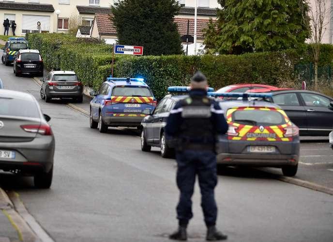 La gendarmerie de Dieuze après l'attaque au couteau, lundi 3 février.