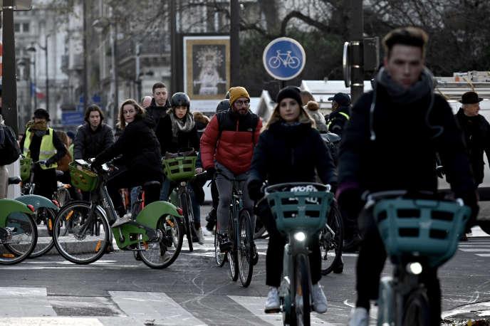 A Paris, le 10 décembre 2019, lors de la grève des transports en commun.