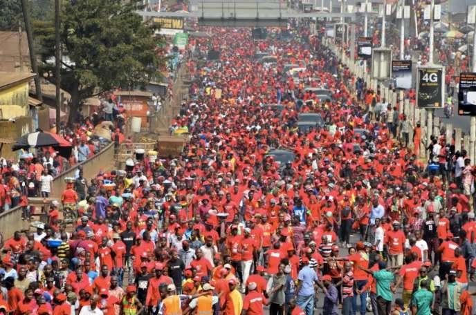 Manifestation contre une nouvelle Constitution et un éventuel troisième quinquennat d'Alpha Condé, à Conakry, le 6 janvier 2020.