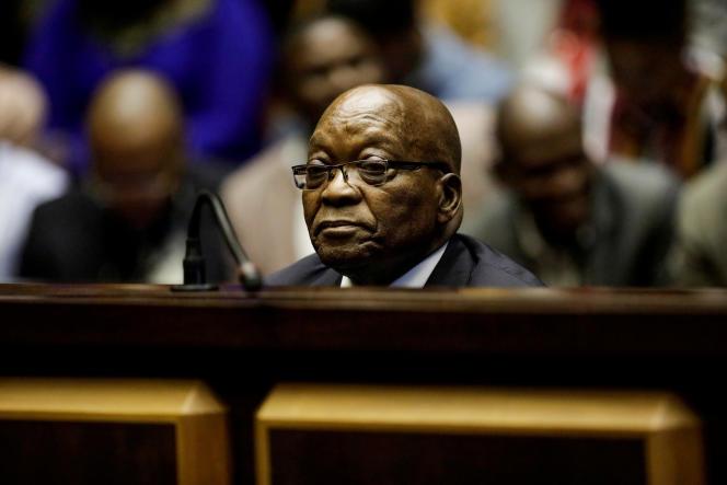 L'ancien président sud-africain Jacob Zuma devant la Haute Cour de Pietermaritzburg, dans l'est du pays, le 15 octobre 2019.
