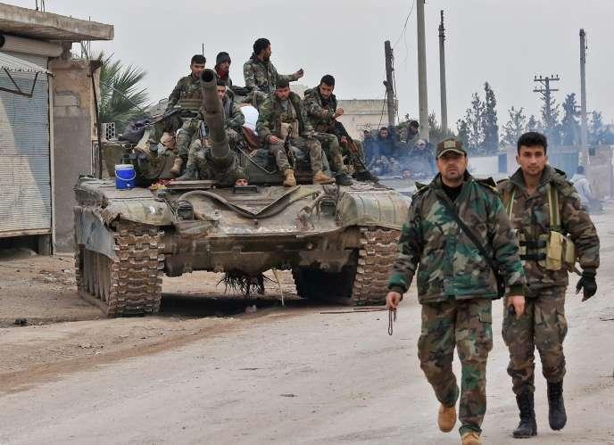 Des soldats de l'armée syrienne, dans la province d'Idlib, le 5 février.