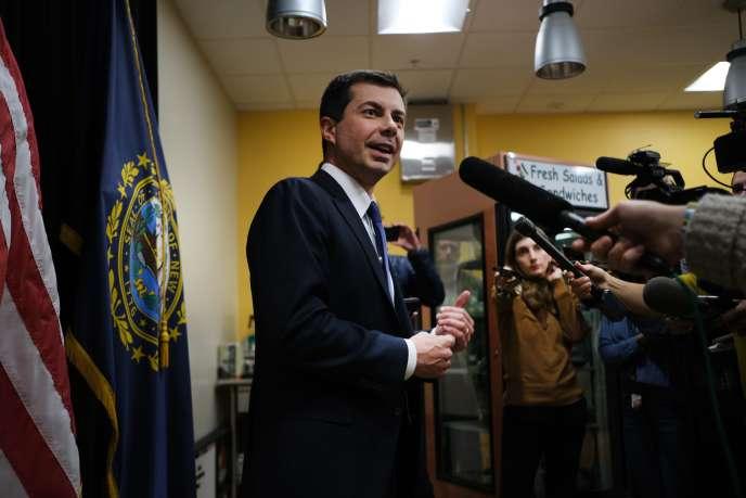 Le candidat démocrate Pete Buttigieg s'adresse aux medias, à Laconia (New Hampshire), mardi 4 février.
