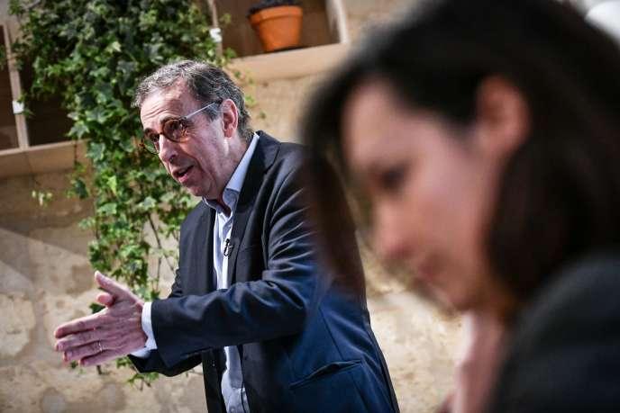 Le candidat EELV aux municipales Pierre Hurmic, le 16 janvier, à Bordeaux.