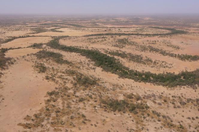 Vue de drone de Koyli Alpha dans le nord du Sénégal