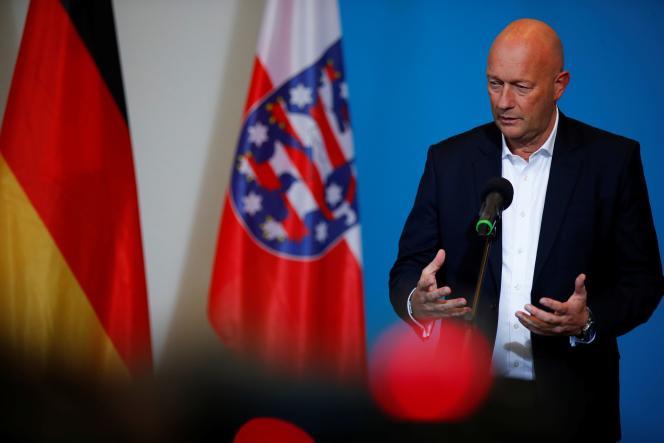 Thomas Kemmerich,du Parti libéral-démocrate, lors d'une conférence de presse à Erfurt, le 5 février.