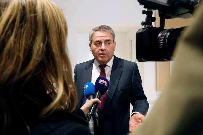 L'ancien ministre de la santé Xavier Bertrand au tribunal de Paris pour témoigner dans le cadre du procès du Mediator, le 5 février.