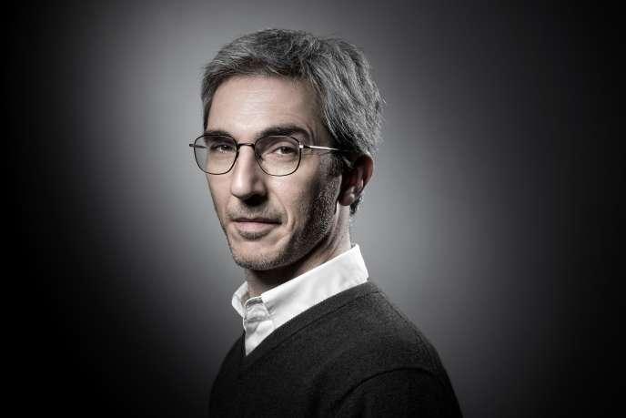 Le scénariste Eric Benzekri, cocréateur de la série «Baron noir», àParis, le 17 janvier 2018.