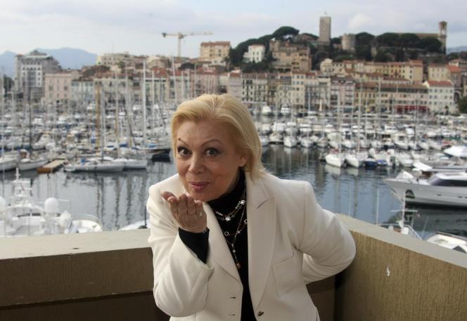 Mirella Freni prend la pose lors des 44e Midem, à Cannes, le 26 janvier 2010.