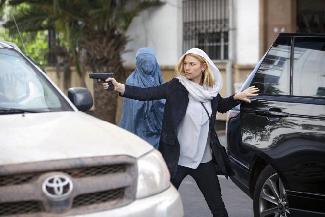Carrie Mathison (Claire Danes), dans l'épisode 4 («Chalk One Up») de la saison 8 de «Homeland».