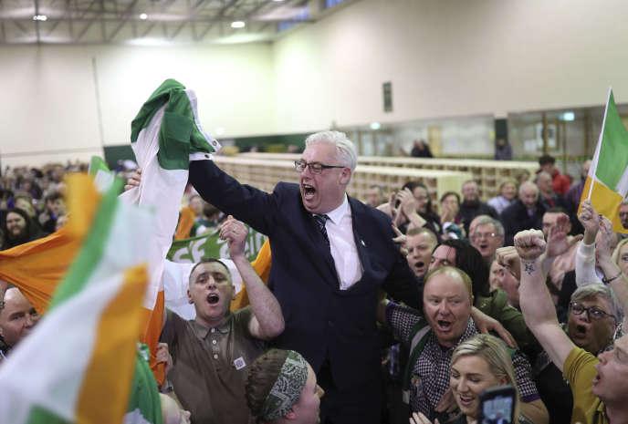 Thomas Gould, du Sinn Fein, est élu à Cork North Central, suite aux élections générales irlandaises, à Cork, le 9 février.