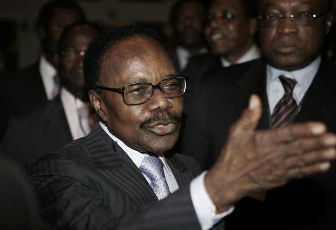 Omar Bongo Ondimba à Addis-Abeba, en 2008.