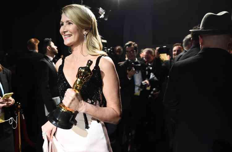 Après cinq Golden Globes, l'actrice Laura Dern décroche enfin son premier Oscar.