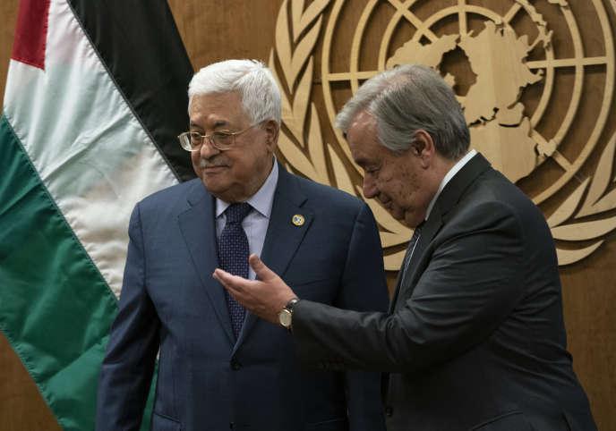 Le président de l'Autorité palestinienne, Mahmoud Abbas, et le secrétaire général de l'ONU, Antonio Guterres, le 25 septembre 2019 lors de l'assemblée générale des Nations unies, à New York.