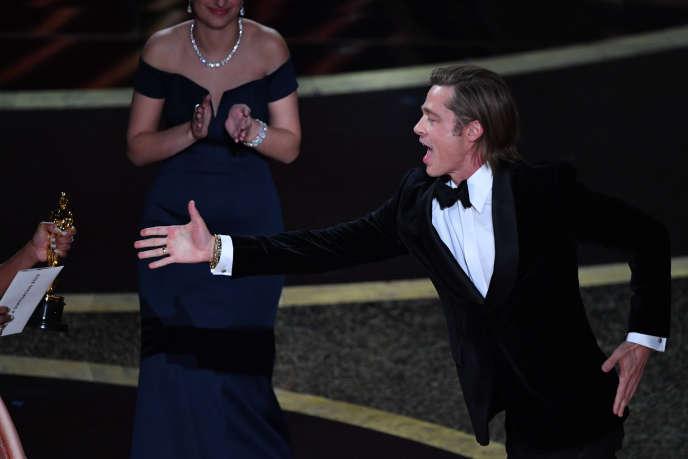 Pour Brad Pitt, c'est la consécration : il reçoit son premier Oscar, celui du meilleur second rôle masculin, pour «Once upon a Time... in Hollywood».