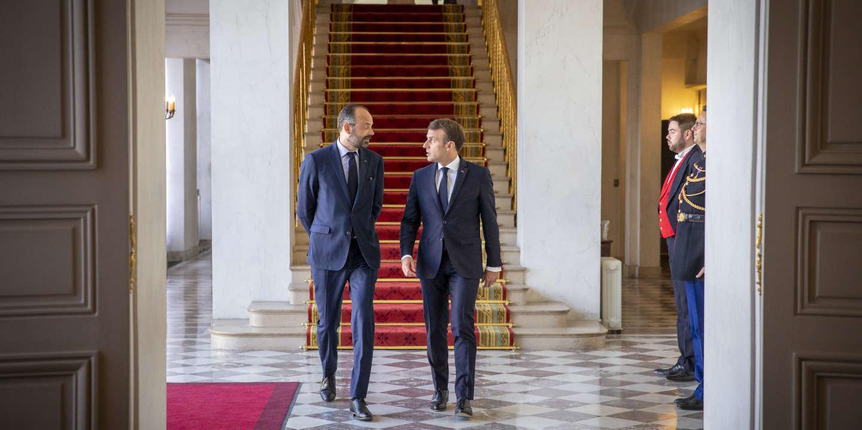Emmanuel Macron, président de la Répubique et Edouard Philippe, Premier Ministre, participent à une réunion de lancement de la reconstruction de la Cathédrale de Notre-Dame de Paris au Palais de l'Elysée à Paris, mercredi 17 avril 2019