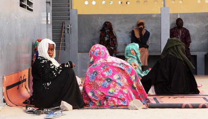 Devant l'hôpitale de Mao, dans la province tchadien du Kanem, en janvier 2020.