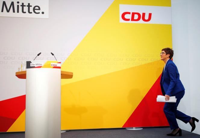 Annegret Kramp-Karrenbauer («AKK») a annoncé qu'elle renonçait à être candidate à la chancellerie, le 10 février à Berlin.