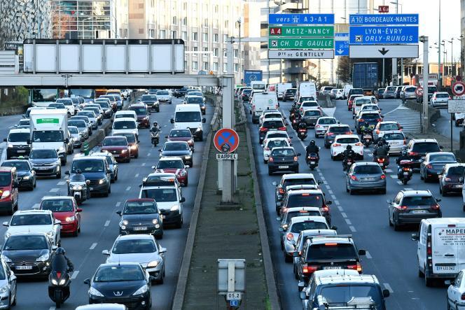 Chaque jour, un peu plus de 1million de véhicules circulent sur un «périph» devenu sujet polémique dans la bataille pour la Mairie de Paris.
