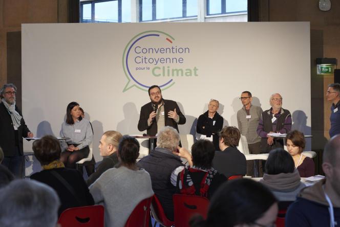 Réunion de la Convention citoyenne pour le climat, le 8 février.
