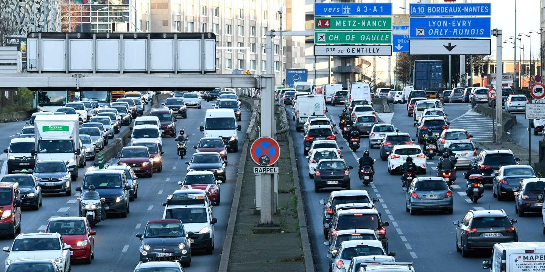 « Les utilisateurs de la voiture au-delà des hypercentres sont très majoritairement ceux n'ayant pas de solutions alternatives »
