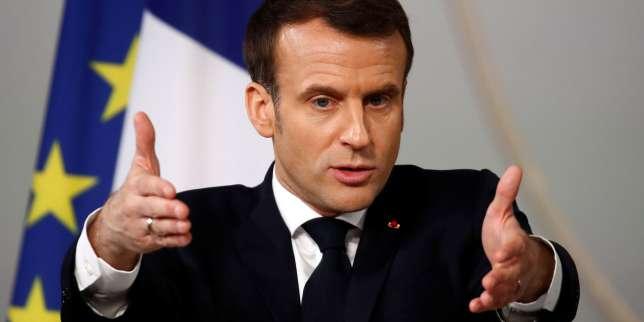 Emmanuel Macron visite la Mer de Glace pour parler climat
