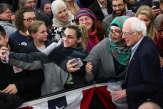 Le bain de foule de Bernie Sanders, c'est peut-être un détail pour vous…