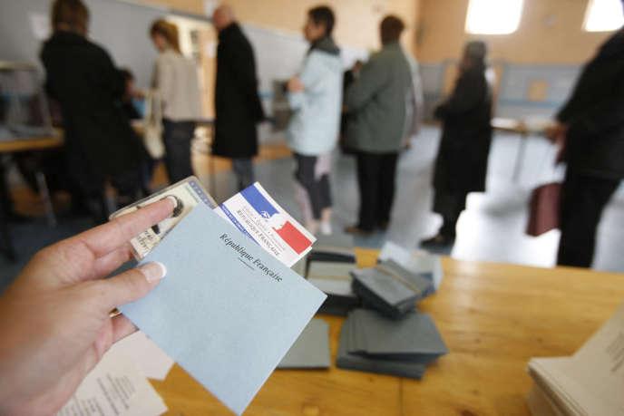«Une enquête très récente (Harris interactive, 01/2020) montre que 62 % des Français sont favorables à l'extension du droit de vote aux élections locales aux étrangers non-membres de l'Union européenne vivant en France.»