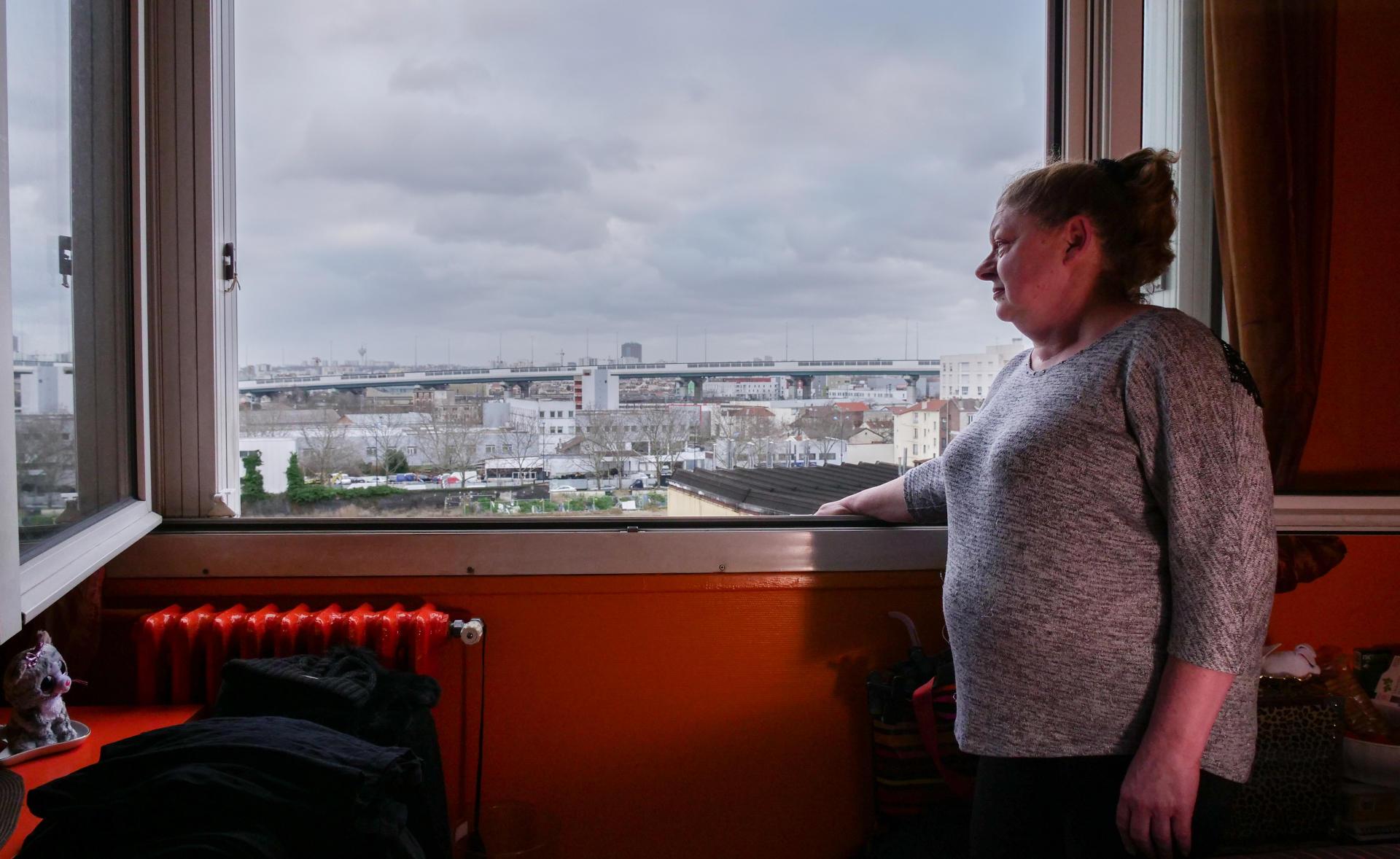 Pascale Rebèche, le 4 février chez elle, aux Francs-Moisins. Arrivée dans la cité en 1971, elle devra quitter les lieux à la fin de l'année.