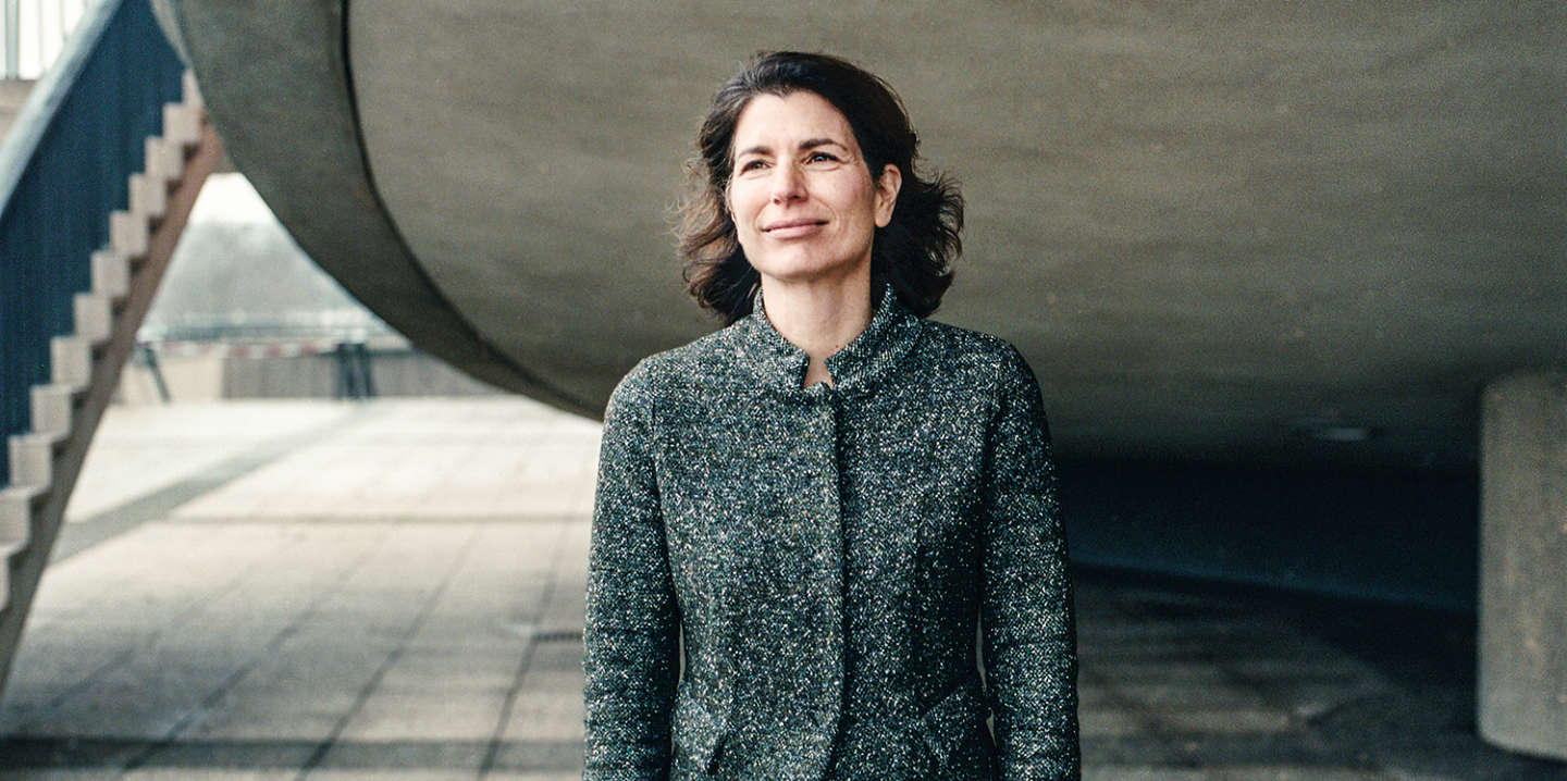 Germany, Berlin, January 22th 2020. Portrait of Corinne Hershkovitch at the terrace of 'Haus der Kulturen der Welt' next to the Federal Chancellery.