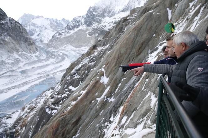 Emmanuel Macron visite la mer de Glace, le 13 février.