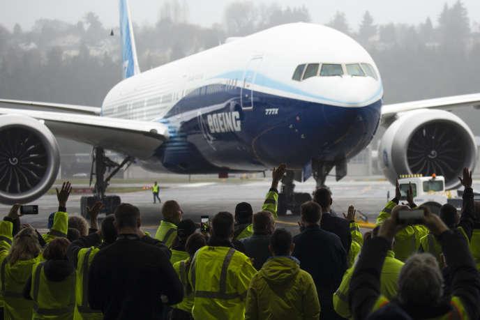 Le Boeing 777X lors de son vol inaugural, le 25 janvier à Seattle.