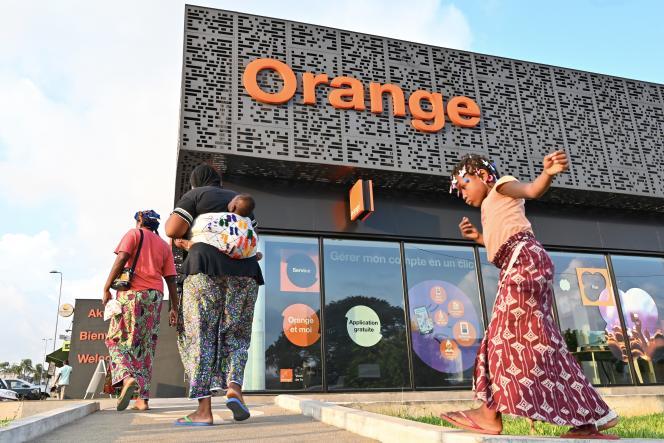 Un magasin Orange à Abidjan, en Côte d'Ivoire, en novembre 2019.