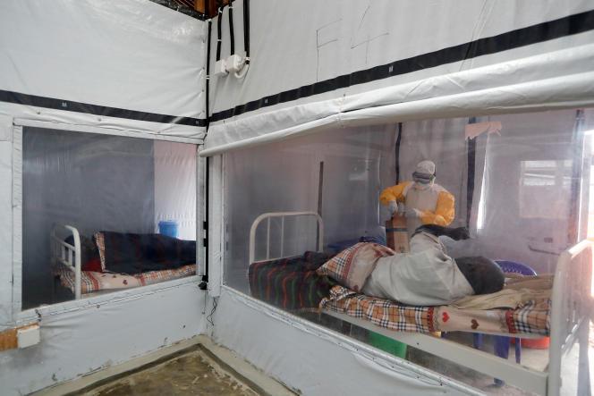 Dans le centre de traitement contre le virus Ebola à Katwa, près de Butembo, dans l'est de la RDC, en octobre 2019.