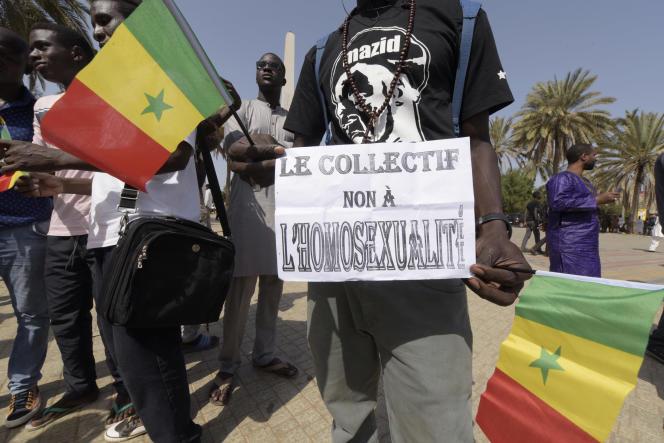 Manifestation à Dakar en 2015 contre la légalisation de l'avortement et de l'homosexualité.