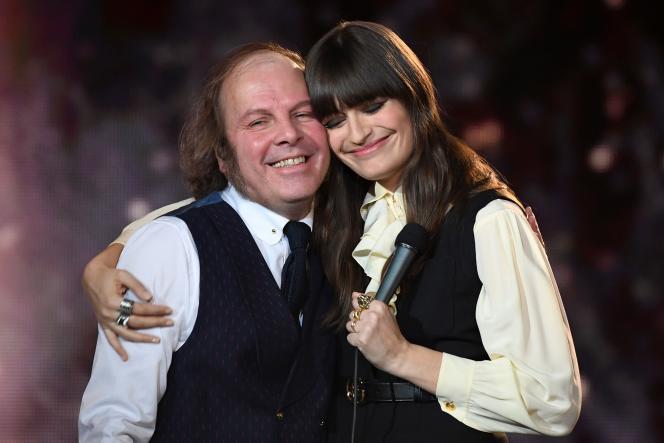 Philippe Katerine et Clara Luciani sur la scène des 35e Victoires de la musique, le 14 février.