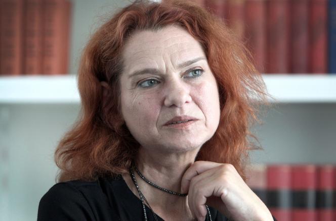 La romancière turque Asli Erdogan le 23 juillet 2018 à Francfort.