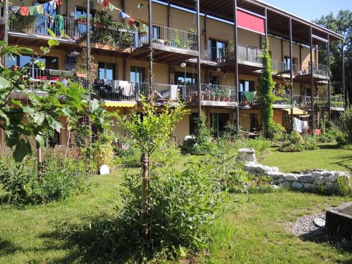 Immeuble coopératif à Cressy, dans la banlieue de Genève.