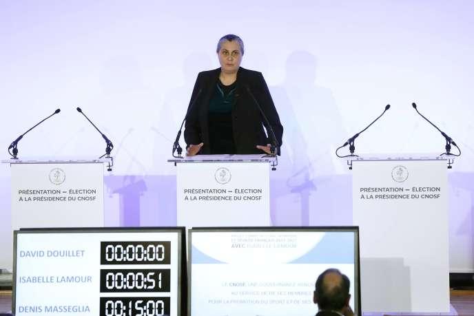 Isabelle Lamour, présidente de la fédération française d'escrime, seule femme à diriger une organisation sportive en France.
