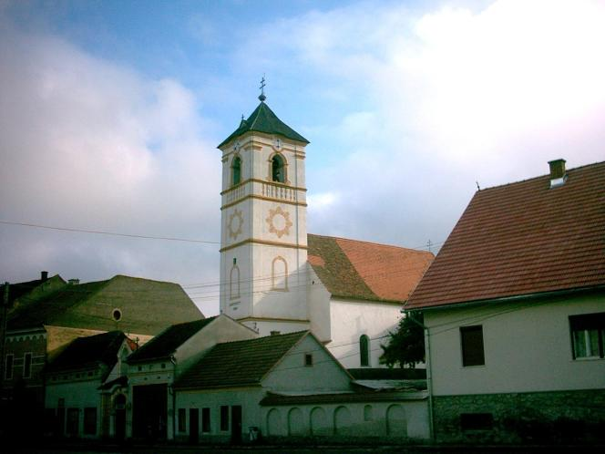 Une des églises de la commune roumaine de Ditrau.
