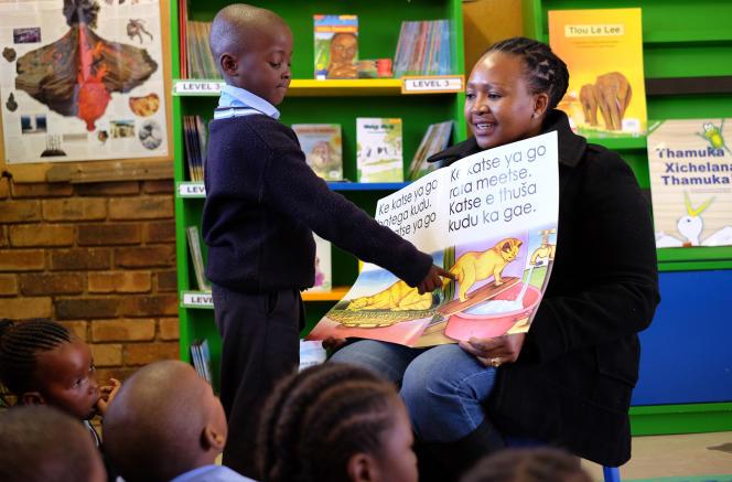 Une séance de lecture organisée par l'ONG américaine Room to Read, qui promeut l'alphabétisation en Afrique du Sud.