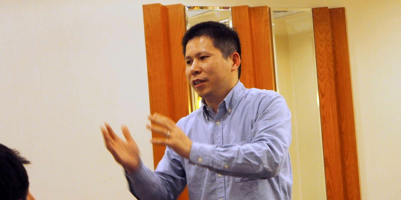 En pleine guerre contre le coronavirus, Pékin fait taire deux grandes voix de l'opposition