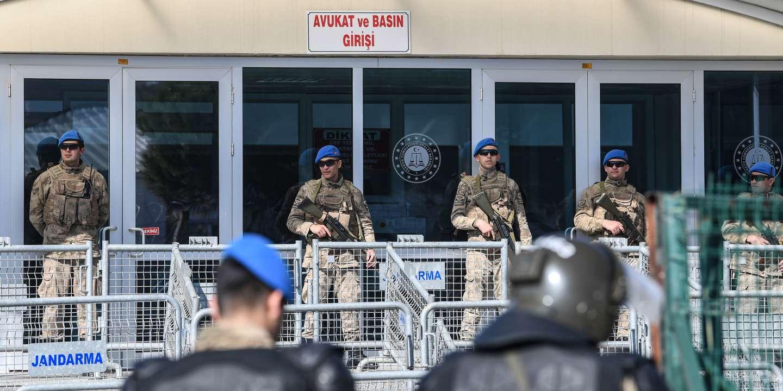 En Turquie, le mécène Osman Kavala tout juste acquitté est à nouveau arrêté