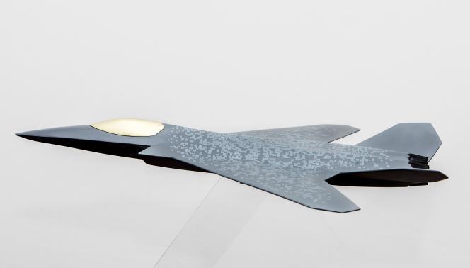 La maquette de l'avion qui sera la pièce maitresse du système de combat aérien du futur (SCAF) qui comprendra également des drones et et des satellites.