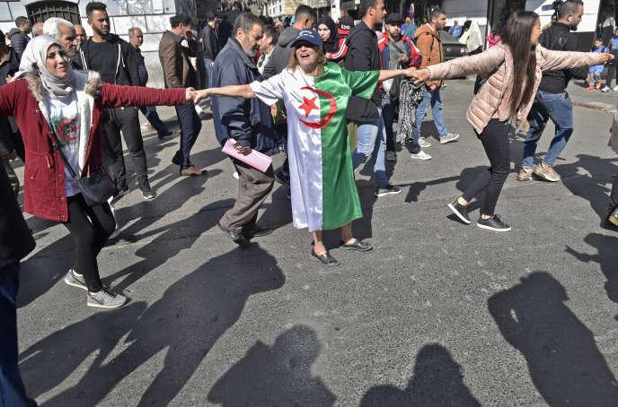 Manifestation de jeunes à Alger, mardi 18 février 2020.