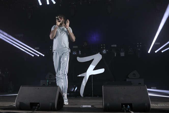 Koba LaD en concert à l'Hippodrome de Longchamp, le 22 juin 2019.
