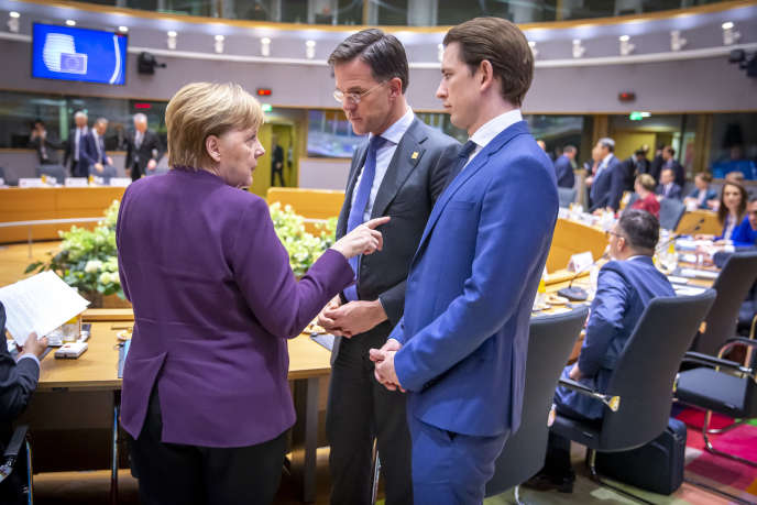 La chancelière allemande, Angela Merkel, le premier ministre néerlandais, Mark Rutte, et le chancelier autrichien, Sebastian Kurz, lors du conseil européen à Bruxelles, le 20 février.